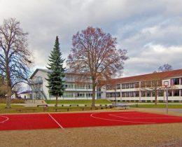 Lothar-Kahn-Schule Sportplatz Schulhof